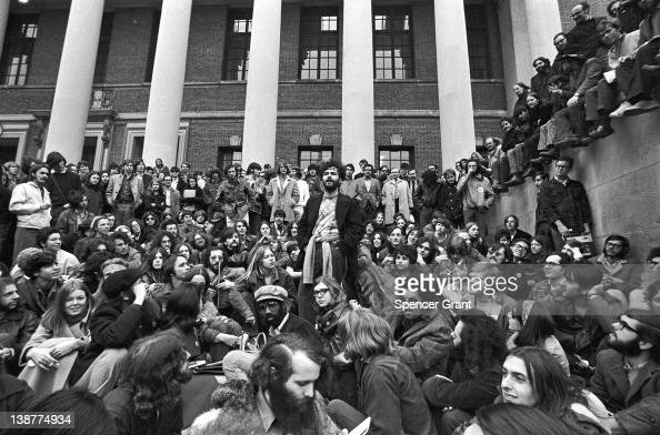 During a promotional tour American author and activist Jerry Rubin cofounder of the Youth International Party speaks to fans on the steps of Weidener...