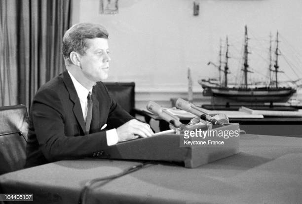 During a televised address American President John F KENNEDY announces the strategic blockade of Cuba by an American fleet This measure was aimed at...