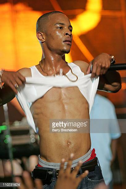 TI during Fat Joe TI Juvenile Ja Rule and Friends Perform on MTV2's '2$Bill Concert Series' May 26 2005 at Vic Theater in Chicago Illinois United...