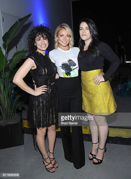 Actors Ilana Glazer Kelly Ripa and Abbi Jacobson attend Tribeca Tune In Broad City during the 2016 Tribeca Film Festival at Spring Studios on April...