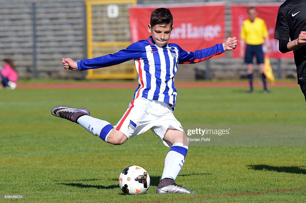 During the D-juniors cup match between Hertha BSC and 1. FC Wilmersdorf on May 5, 2016 in Berlin, Germany.