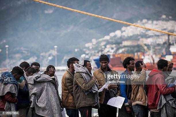 During the early morning refugees arrived at the port of Salerno transported by the Norwegian naval vessel 'Siem Pilot' about 600 refugees with about...