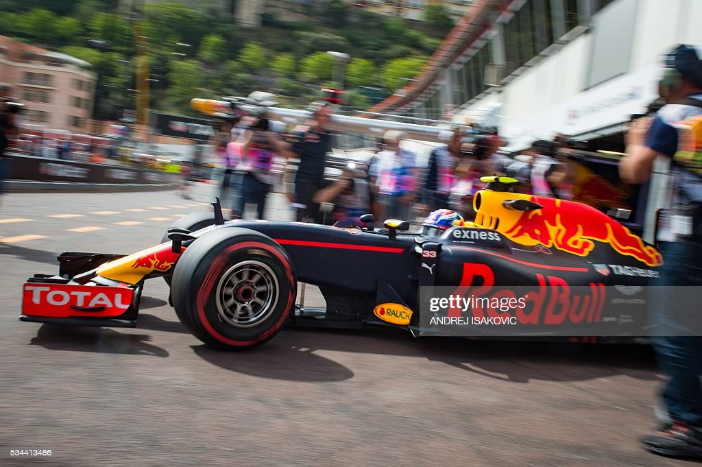 during the first practice session at the Monaco street circuit, on May 26, 2016 in Monaco, three days ahead of the Monaco Formula 1 Grand Prix. / AFP / ANDREJ