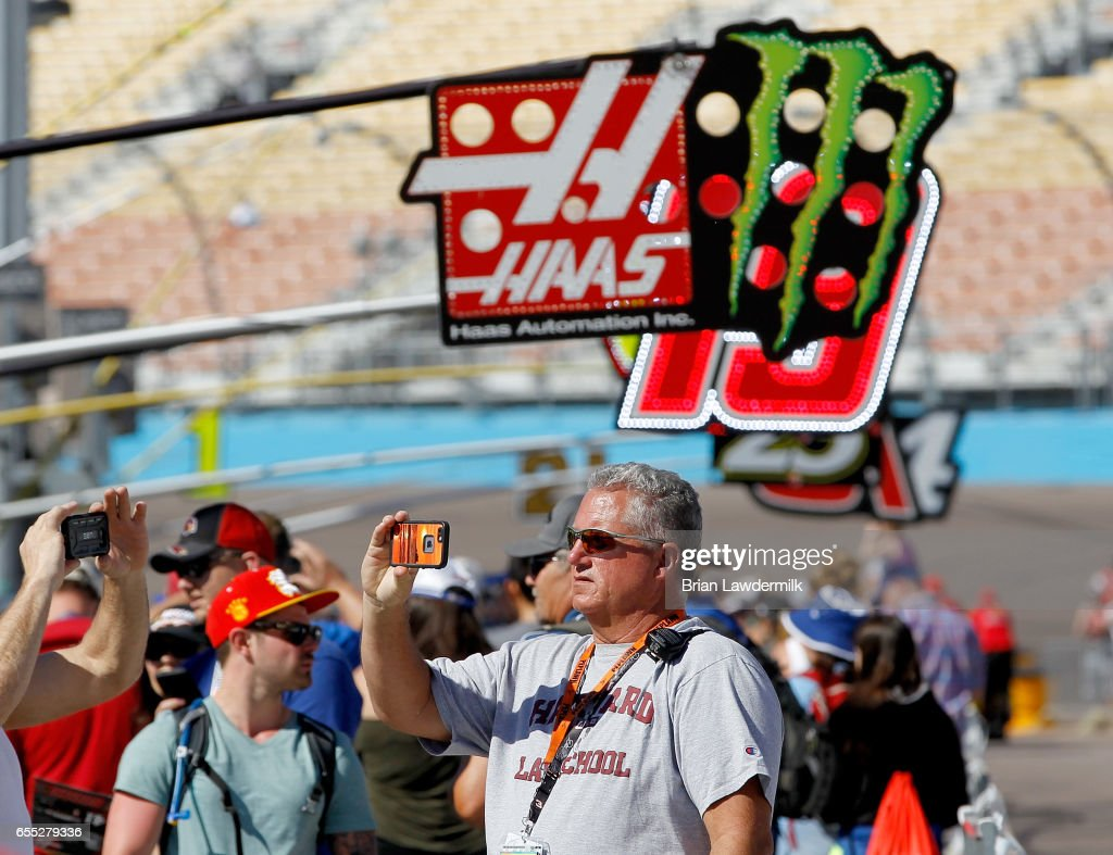 during the Monster Energy NASCAR Cup Series Camping World 500 at Phoenix International Raceway on March 19, 2017 in Avondale, Arizona.