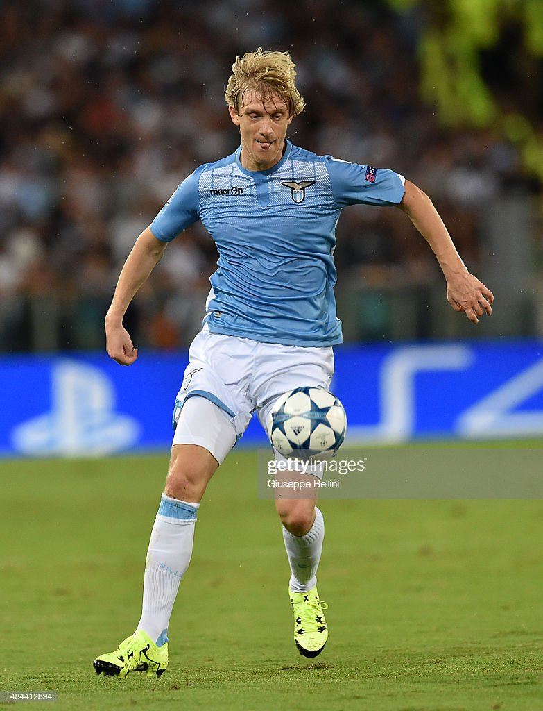 Dusan Basta of SS Lazio in action during the UEFA Champions League qualifying round play off first leg match between SS Lazio and Bayer Leverkusen at Olimpico Stadium on August 18, 2015 in Rome, Italy.