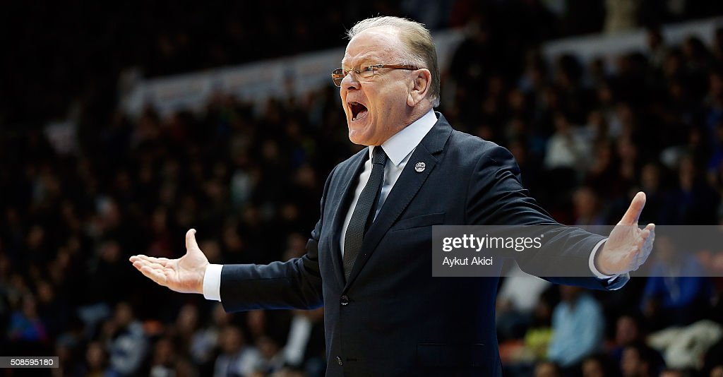 <a gi-track='captionPersonalityLinkClicked' href=/galleries/search?phrase=Dusan+Ivkovic&family=editorial&specificpeople=692169 ng-click='$event.stopPropagation()'>Dusan Ivkovic</a>, Head Coach of Anadolu Efes Istanbul in action during the Turkish Airlines Euroleague Basketball Top 16 Round 6 game between Anadolu Efes Istanbul v Fenerbahce Istanbul at Abdi Ipekci Arena on February 5, 2016 in Istanbul, Turkey.