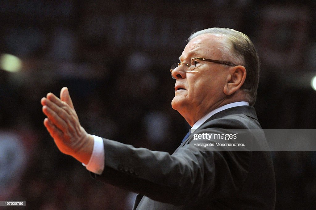 Dusan Ivkovic, Head Coach of Anadolu Efes Istanbul react during the Turkish Airlines Euroleague Basketball Top 16 Date 12 game between Olympiacos Piraeus v Anadolu Efes Istanbul at Peace and Friendship Stadium on March 26, 2015 in Athens, Greece.