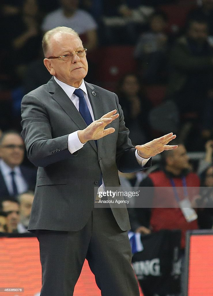 <a gi-track='captionPersonalityLinkClicked' href=/galleries/search?phrase=Dusan+Ivkovic&family=editorial&specificpeople=692169 ng-click='$event.stopPropagation()'>Dusan Ivkovic</a>, Head Coach of Anadolu Efes Istanbul reacts during the Turkish Airlines Euroleague Basketball Top 16 Date 7 game between Anadolu Efes Istanbul v Fenerbahce Ulker Istanbul at Abdi Ipekci Arena on February 13, 2015 in Istanbul, Turkey.