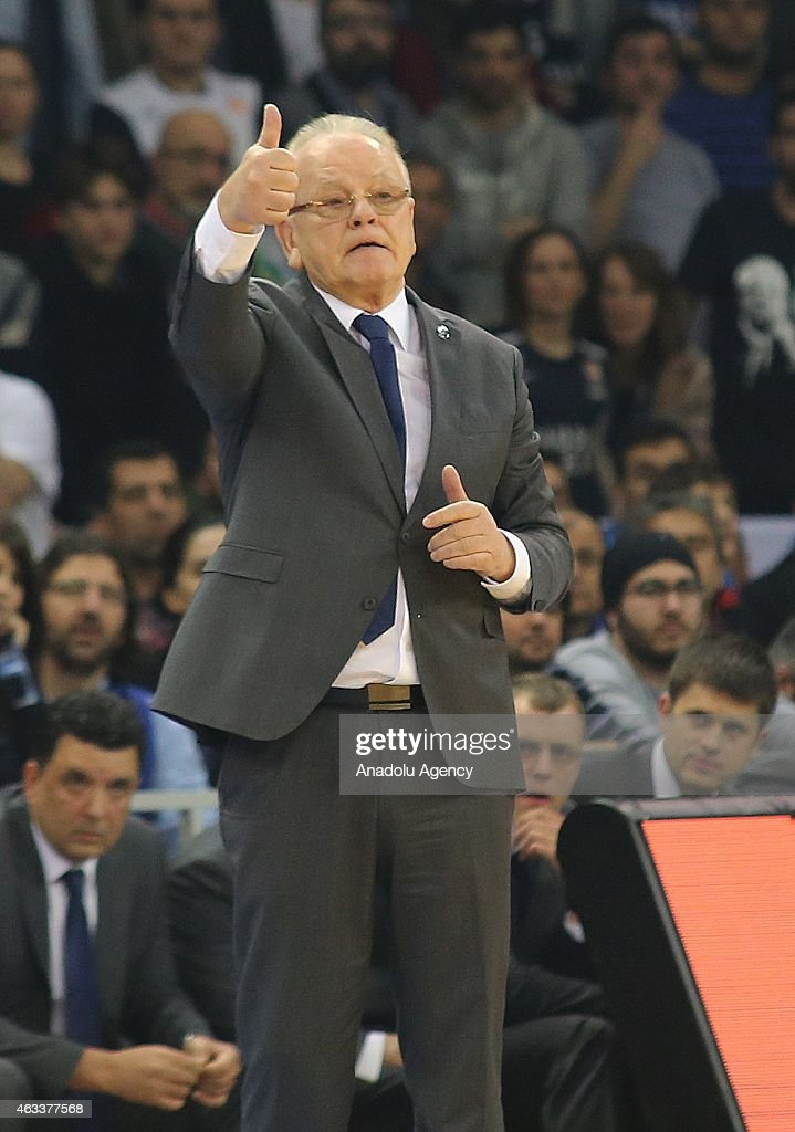Dusan Ivkovic, Head Coach of Anadolu Efes Istanbul reacts during the Turkish Airlines Euroleague Basketball Top 16 Date 7 game between Anadolu Efes Istanbul v Fenerbahce Ulker Istanbul at Abdi Ipekci Arena on February 13, 2015 in Istanbul, Turkey.