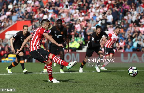 Dusan Tadic of Southampton fails to score from the penalty spot during the Premier League match between Southampton and Hull City at St Mary's...