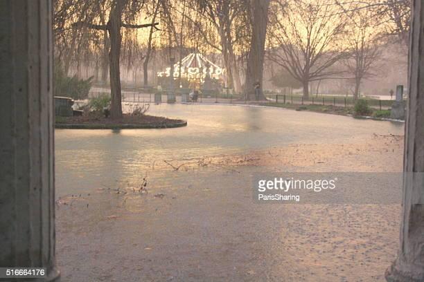Dusk after rain at Parc Monceau