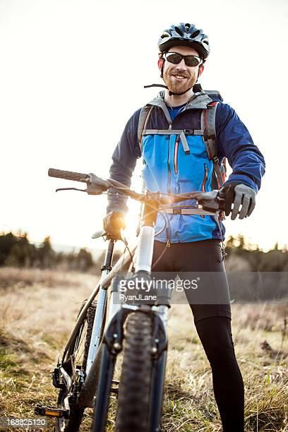 Abenddämmerung Mountain Bike Trail Ride