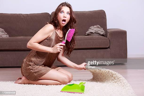 Staub unter den Teppich