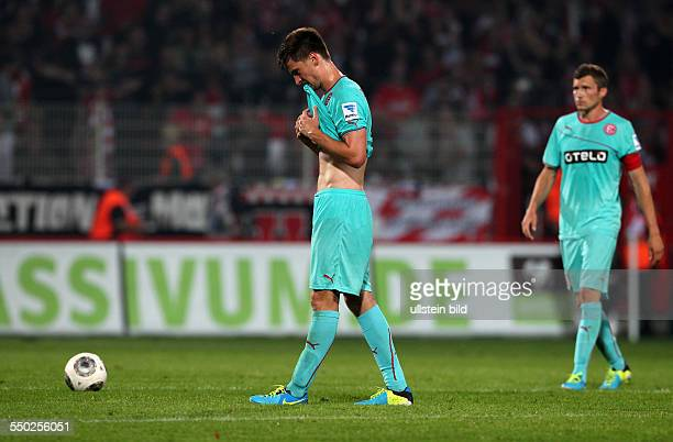 Dustin Bomheuer enttäuscht nach Spielende Enttäuschung Sport Fußball Fussball zweite 2Bundesliga Herren Saison 2013 1FC Union Berlin vs Fortuna...