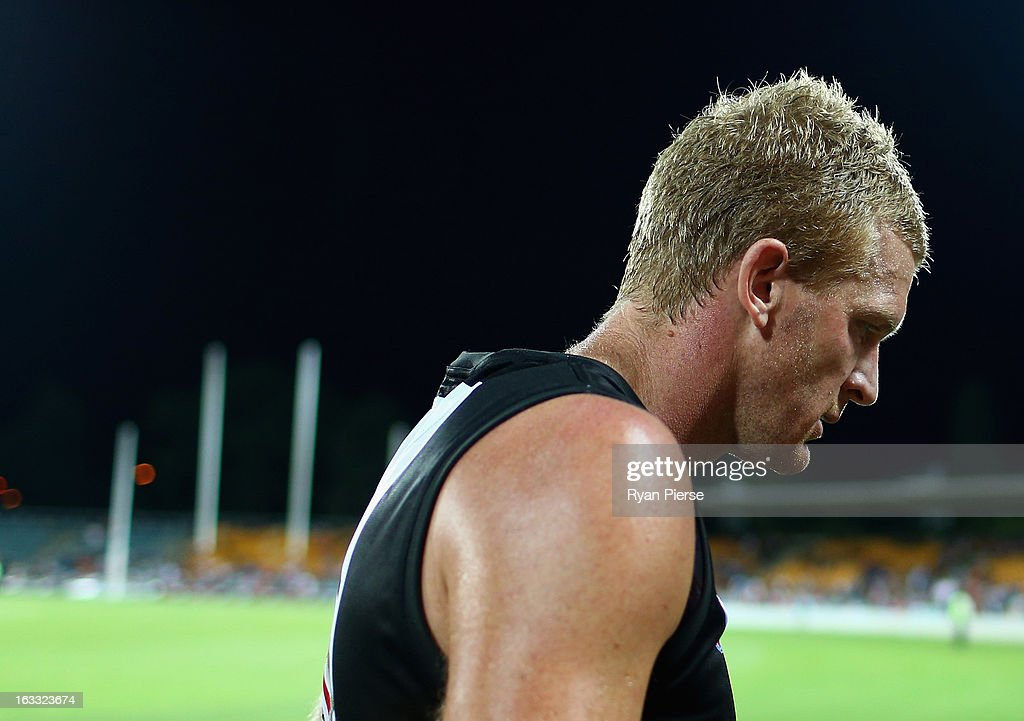 <a gi-track='captionPersonalityLinkClicked' href=/galleries/search?phrase=Dustin+Fletcher&family=editorial&specificpeople=216498 ng-click='$event.stopPropagation()'>Dustin Fletcher</a> of the Bombers leaves the ground after the round three NAB Cup AFL match between the Greater Western Sydney Giants and the Essendon Bombers at Manuka Oval on March 8, 2013 in Canberra, Australia.