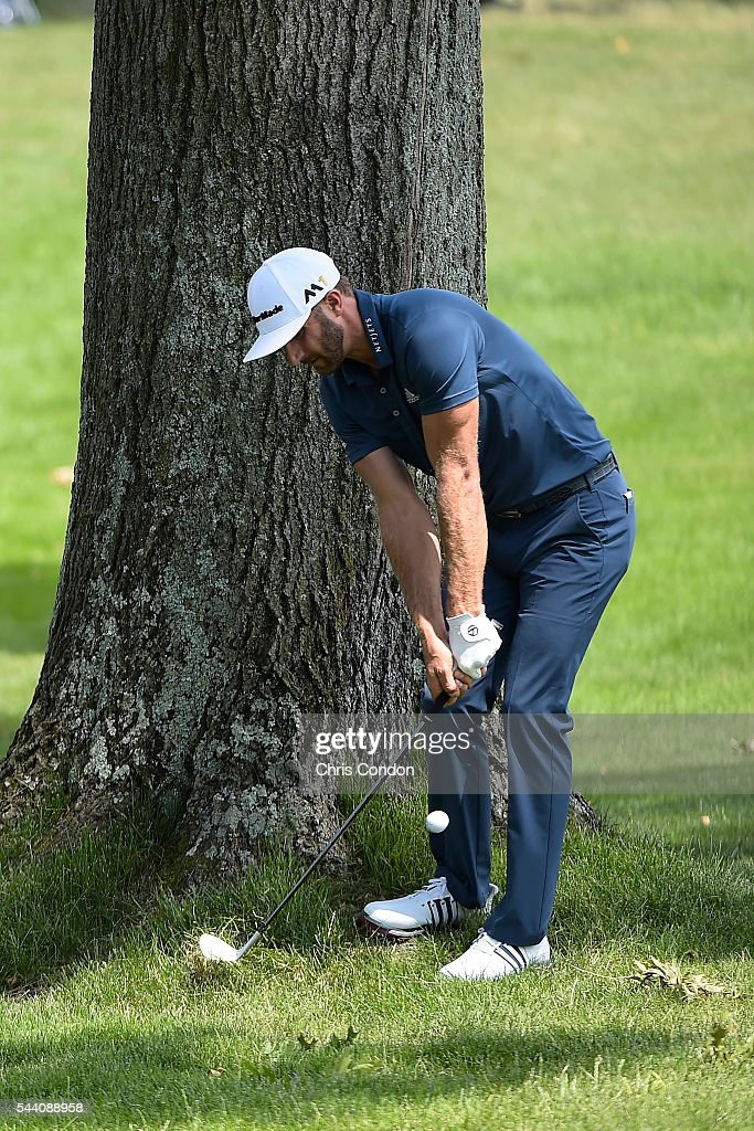 <a gi-track='captionPersonalityLinkClicked' href=/galleries/search?phrase=Dustin+Johnson&family=editorial&specificpeople=3908453 ng-click='$event.stopPropagation()'>Dustin Johnson</a> hits his third shot on the second hole during the second round of the World Golf Championships-Bridgestone Invitational at Firestone Country Club on July 1, 2016 in Akron, Ohio.