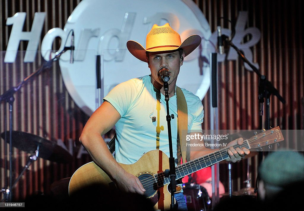 Dustin Lynch performs at the Broken Bow/Stoney Creek Records 2nd annual CMA pre-party at the Hard Rock Cafe on November 8, 2011 in Nashville, Tennessee.
