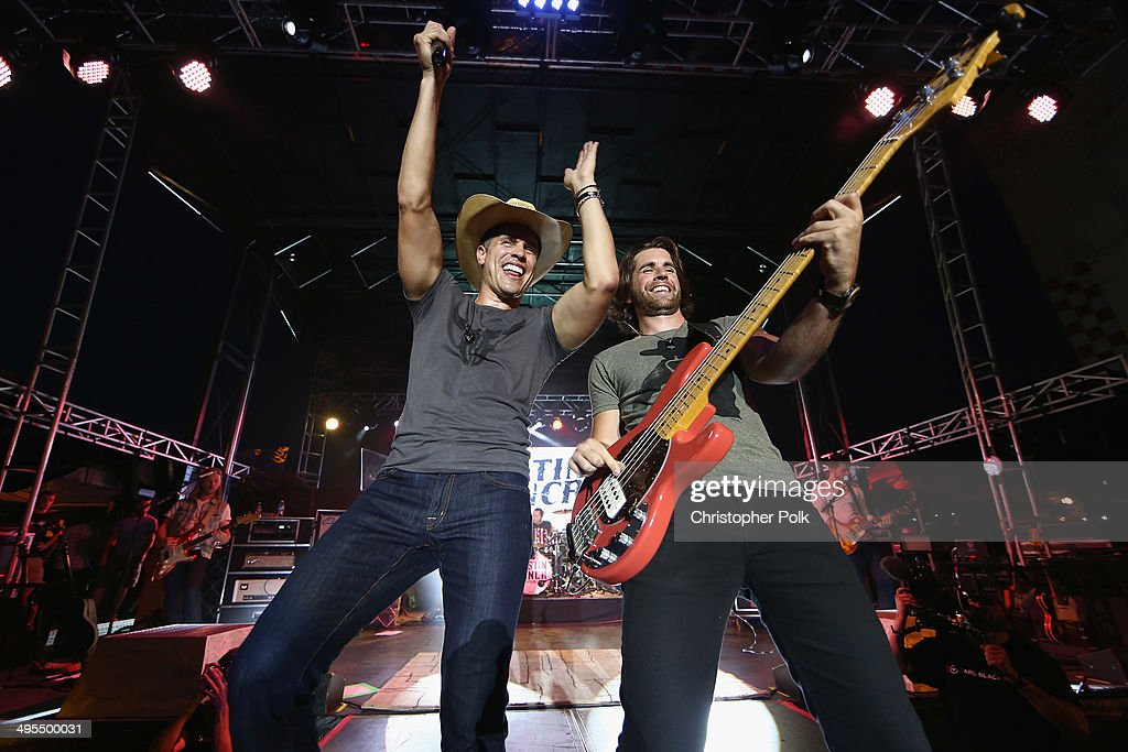 Dustin Lynch performs during Rodney Atkins 4th Annual Music City Gives Back on June 3, 2014 in Nashville, Tennessee.