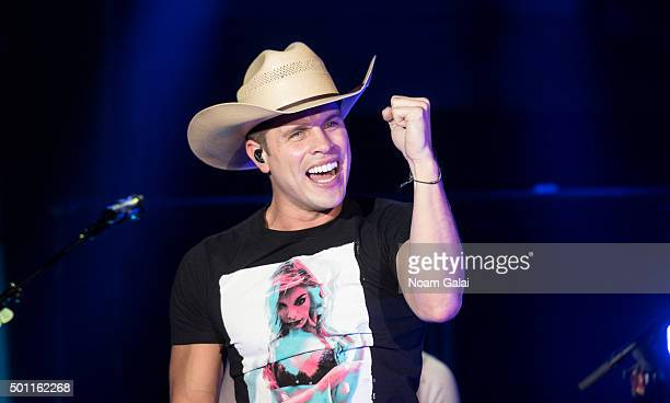 Dustin Lynch performs in concert at Irving Plaza on December 12 2015 in New York City