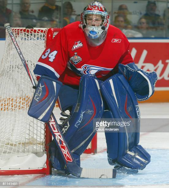 Dustin Tokarski of the Spokane Chiefs waits for a shot against the Belleville Bulls in the second game of the Memorial Cup Championship on May 17...