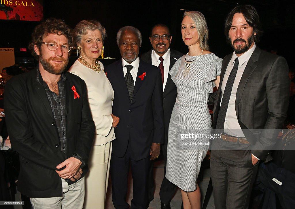 Dustin Yellin, Nane Maria Annan, Kofi Annan, UNAIDS Executive Director Michel Sidibe, Alexandra Grant and Keanu Reeves attend the UNAIDS Gala during Art Basel 2016 at Design Miami/ Basel on June 13, 2016 in Basel, Switzerland.