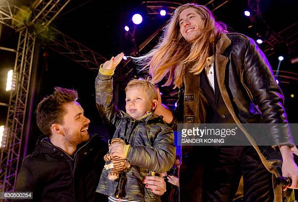Dutch 3FM DJ's Domien Verschuuren and Frank van der Lende show together with 6 year old Tijn Kolsteren the amount of money they have raised at the...