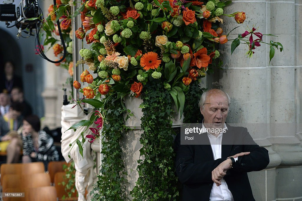 Dutch actor Herman van Veen arrives prior to the inauguration of HM King Willem Alexander of the Netherlands at New Church on April 30 2013 in...