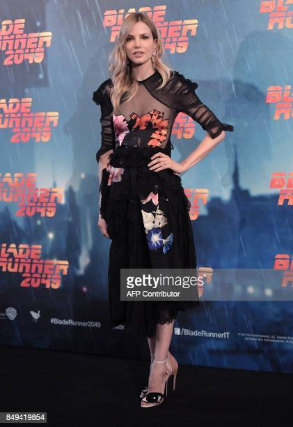 Dutch Actress and model Sylvia Hoeks poses during a photocall for the movie 'Blade Runner 2049' on September 19 2017 in Rome / AFP PHOTO / TIZIANA...