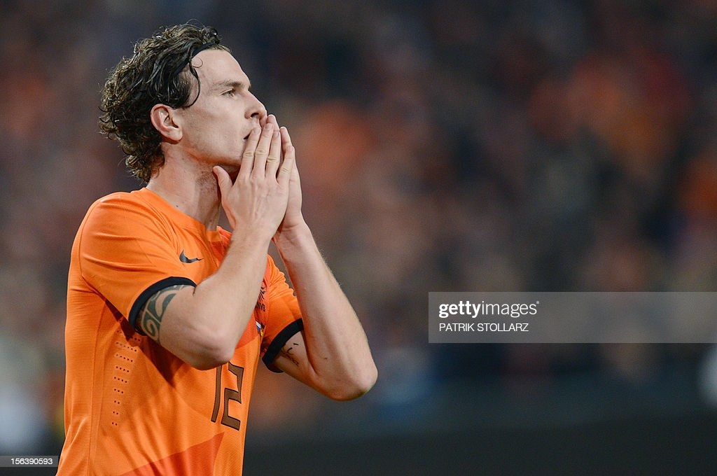 Dutch defender Daryl Janmaat reacts during the friendly football match Netherlands vs Germany on November 14, 2012 in Amsterdam.