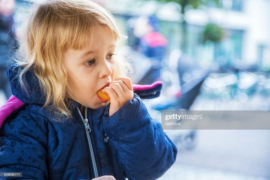 Dutch Fast Food Culture CNEUFOO595