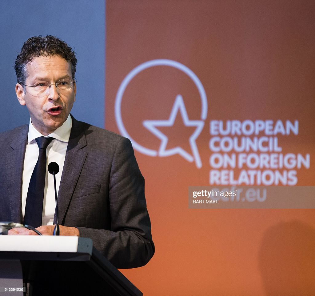 Dutch Finance Minister Jeroen Dijsselbloem gives a press conference as the Netherlands currently holds the rotating presidency of the EU, during a meeting of the European Council on Foreign Relations, in The Hague, on June 28, 2016. / AFP / ANP / Bart Maat / Netherlands OUT