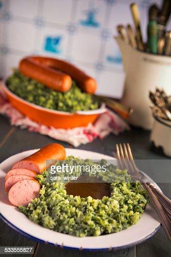 Niederländische Küche | Niederlandische Kuche Grunkohl Mit Geraucherter Wurst Oderboerenkool