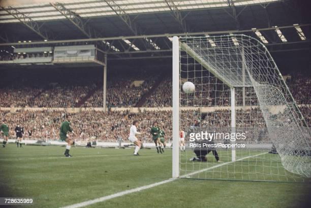 Dutch footballer Dick van Dijk scores the first goal after 5 minutes in the 1971 European Cup Final match between Ajax of the Netherlands and...
