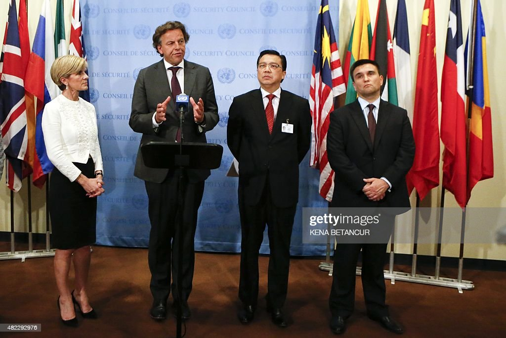 Dutch Foreign Minister <a gi-track='captionPersonalityLinkClicked' href=/galleries/search?phrase=Bert+Koenders&family=editorial&specificpeople=2358914 ng-click='$event.stopPropagation()'>Bert Koenders</a> (C) speaks next to Australian Foreign Minister <a gi-track='captionPersonalityLinkClicked' href=/galleries/search?phrase=Julie+Bishop&family=editorial&specificpeople=1198450 ng-click='$event.stopPropagation()'>Julie Bishop</a> (L), Malaysian Minister of Transport Dato' Sri Liow Tiong Lai (2R), and Ukraine's Foreign Minister <a gi-track='captionPersonalityLinkClicked' href=/galleries/search?phrase=Pavlo+Klimkin&family=editorial&specificpeople=12902005 ng-click='$event.stopPropagation()'>Pavlo Klimkin</a> (R) during a press conference after the Security council meeting at the United Nations Headquarters in New York on July 29, 2015.