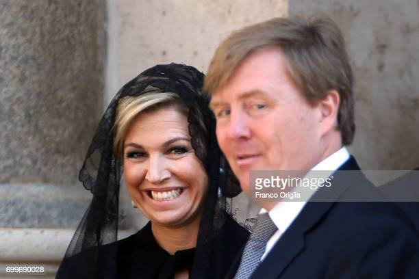 Dutch King WillemAlexander and Queen Maxima leave the Apostolic Palace at the end of an audience with Pope Francis on June 22 2017 in Vatican City...