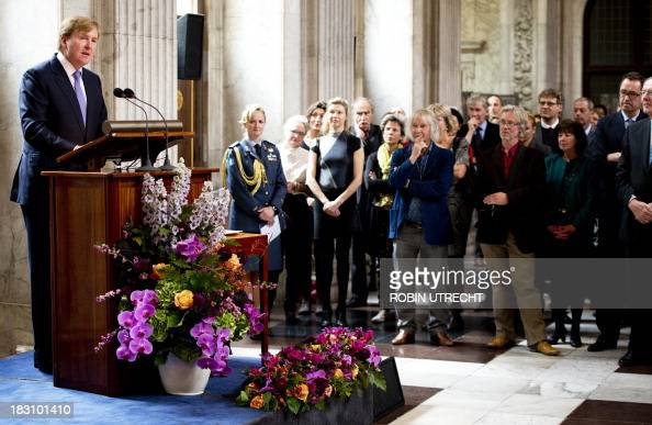 Dutch King WillemAlexander delivers a speech during the presentation of the Royal Award for Modern Painting to four young artists at the Royal Palace...