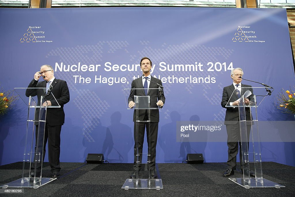 Dutch Minister of Foreign Affairs Frans Timmermans Dutch Prime Minister Mark Rutte and Mayor of The Hague Jozias van Aartsen during a press...