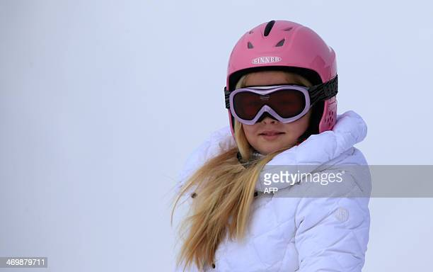 Dutch Princess CatharinaAmalia prepares to ski at a photocall during their ski holidays in Lech am Arlberg on February 17 2014 AFP PHOTO / PIERRE...