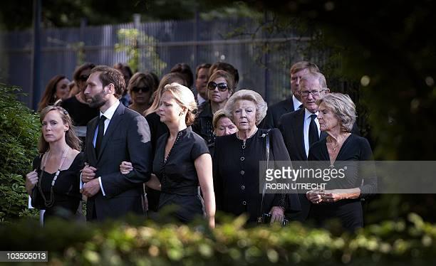 Dutch Princess Margarita her husband Princess Carolina Dutch queen Beatrix and Princess Irene walk with other Dutch Royal family members towards...