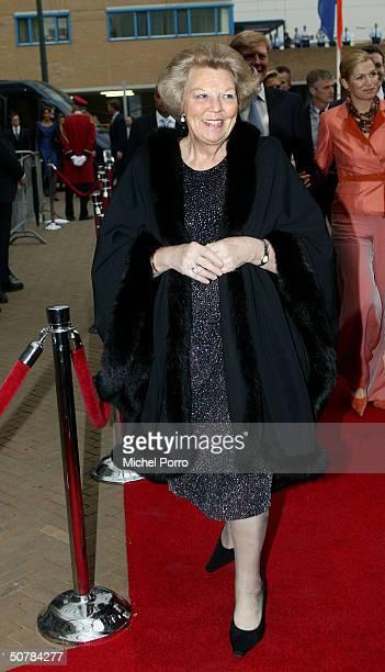 Dutch Queen Beatrix attends the 65th birthday celebration party of Pieter van Vollenhove at the Lion King on April 29 2004 in Scheveningen The...