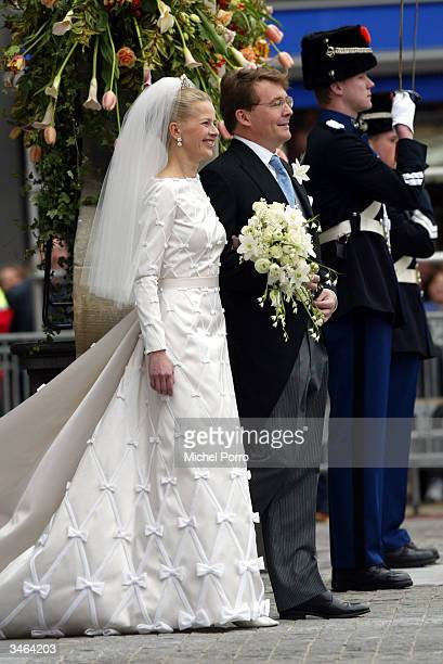 Dutch Queen Beatrix's second son Prince Johan Friso and Mabel Wisse Smit leave the City Hall after the civil ceremony on April 24 2004 in Delft The...
