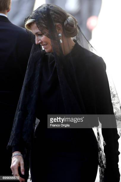 Dutch Queen Maxima arrives at the Vatican for an audience with Pope Francis on June 22 2017 in Vatican City Vatican King WillemAlexander and Queen...