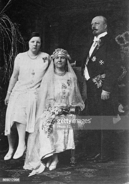 Dutch Royal Family Queen Wilhelmina Prince Hendrick and Princess Juliana Circa 1925