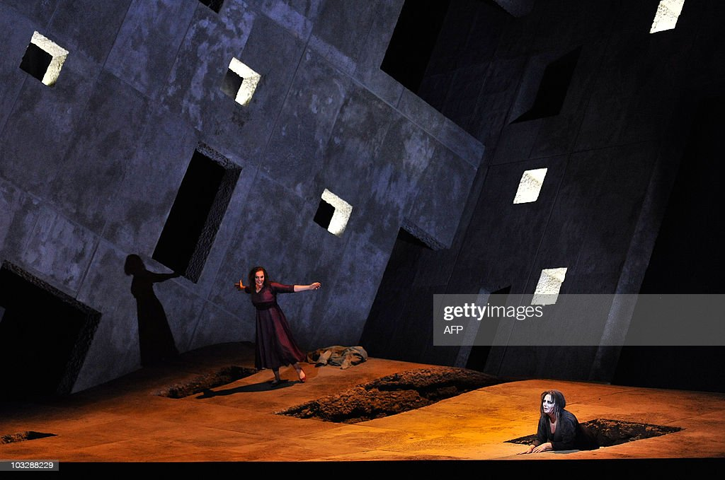 Dutch soprano Eva-Maria Westbroek, (L) as Chrysothemis and Swedish soprano Irene Theorin in the role of Elektra perform during a dress rehearsal of the opera 'Elektra' composed by Richard Strauss, on August 4, 2010 in Salzburg. The premiere of the opera will be presented on August 8, 2010 during The Salzburg Festival, the annual high-brow culture fest celebrating this year its 90th anniversary.