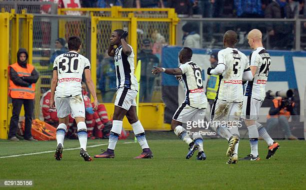 Duvan Zapata of Udinese Calcio celebrates after scoring his opening goal during the Serie A match between Atalanta BC and Udinese Calcio at Stadio...