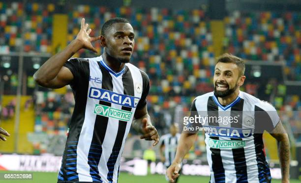 Duvan Zapata of Udinese Calcio celebrates after scoring his teams second goal during the Serie A match between Udinese Calcio and US Citta di Palermo...