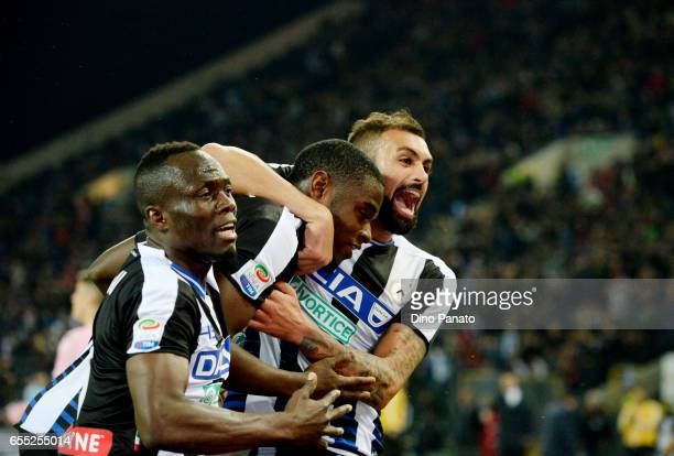Duvan Zapata of Udinese Calcio celebrates with his team mates after scoring his teams second goal during the Serie A match between Udinese Calcio and...