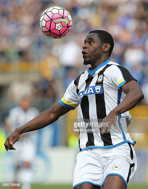 Duvan Zapata of Udinese Calcio in action during the Serie A match between Atalanta BC and Udinese Calcio at Stadio Atleti Azzurri d'Italia on May 8...
