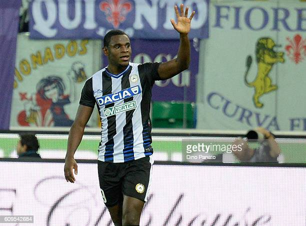 Duvan Zapata of Udunese Calcio celebrates after scoring his opening goal during the Serie A match between Udinese Calcio and ACF Fiorentina at Stadio...