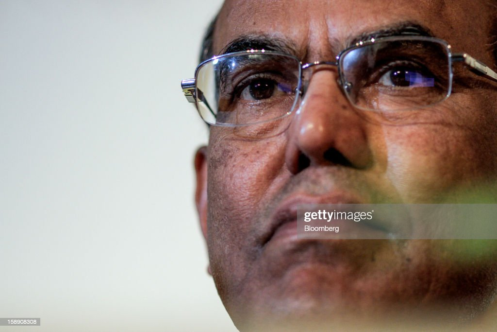 Duvvuri Subbarao, governor of the Reserve Bank of India (RBI), listens to Nobel prize-winning economist Joseph Stiglitz give the C.D. Deshmukh Memorial lecture in Mumbai, India, on Thursday, Jan. 3, 2013. India's current-account deficit widened to $22.31 billion in the three months to Sept. 30 as a faltering global economy hurt exports, the Reserve Bank of India said Dec. 31. Photographer: Dhiraj Singh/Bloomberg via Getty Images